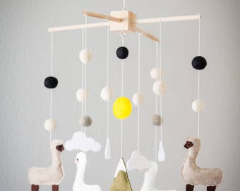 Llama Crib Mobile Nursery, Baby Mobile Felt Alpaca Nursery Decor, Mobile
