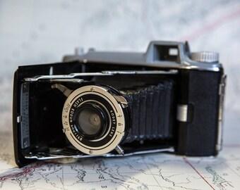 Vintage Kodak Tourist Bellows Camera with Kodet Lens