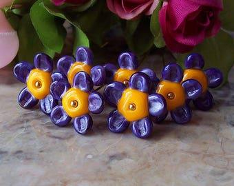 Flower Blossom Handmade Lampwork Bead (1 pc). Purple Lampwork Flowers. Flower Petals Lampwork Glass Beads. Summer Lampwork Flowers.