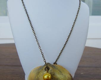 Bronze necklace with real seashell - 33 cm
