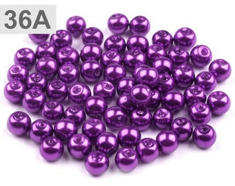 A 36-50 g of round 6 mm glass pearl beads