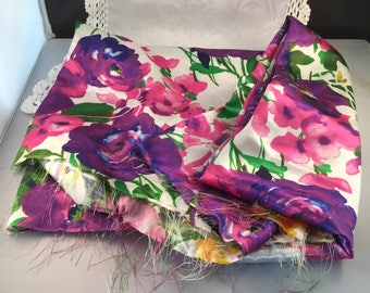 D062 Floral fabric polyester 30 inches