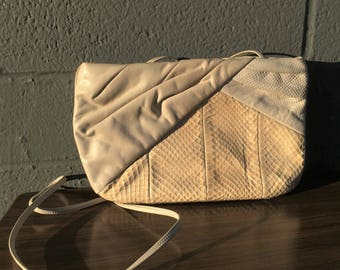 Vintage Snake Skin Leather Cream Cross Body Convertible Bag Clutch Morris Moskowitz