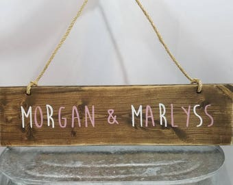 "Custom rustic personalized names distressed wooden rope hanging wall/door sign, wall hanging 21"" x 6"" - Create own colors"