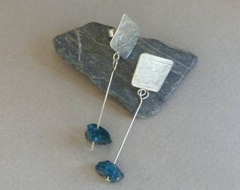 Recycled sterling silver earrings with raw apatite - Artisan jewellery by Emilia-m