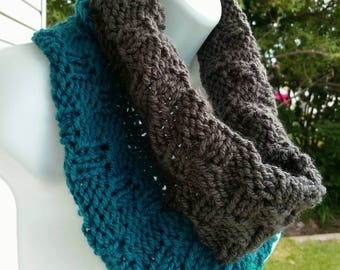 Infinity Scarf, Neck warmer, circle scarf, Cowl Infinity, Scarf, Teal Grey infinity, pullover Scarf, color block scarf, Color Block Cowl
