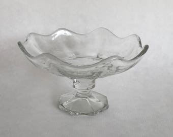 Glass CANDY DISH,Mid Century Glass,Pedestal Candy Dish, 1950s Glass Compote, mid century American, 20th c clear glass, scalloped candy dish