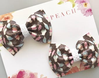 """Ice Cream Pig Tail Bows - Set of 2 - 3"""" Bows - Hair Clips - Baby Bows - Toddler Bows - Birthday Gift - Baby Shower Gift"""
