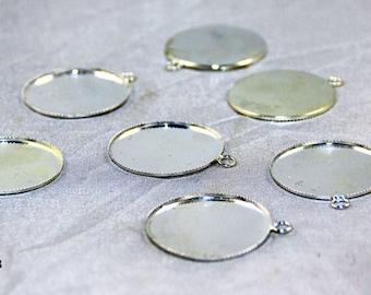 2 support 20mm silver jagged lockets pendants