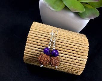 Ethnic earrings made with exotic seeds (rudraksha and acai)