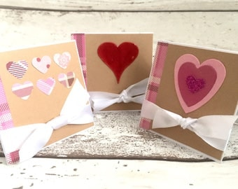 x 3 Mini handmade love heart  'Happy Valentine' cards with envelopes perfect for family/friends