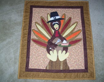 Thanksgiving wall quilt-turkey wall quilt-Fall wall quilt-machine appliqued and quilted