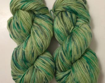 SALE ** Hand Dyed Yarn  worsted weight 100% merino wool | 100 grams  | Ireland's Calling |  Free shipping in US
