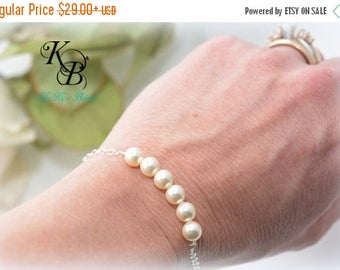 Pearl Bracelet, Bridesmaid Bracelet, Sterling Silver Bracelet, Wedding Jewelry, Bridesmaid Jewelry, Bridesmaid Gift, Bridal Jewelry, Wedding