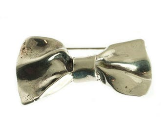 Sterling Bow Pin