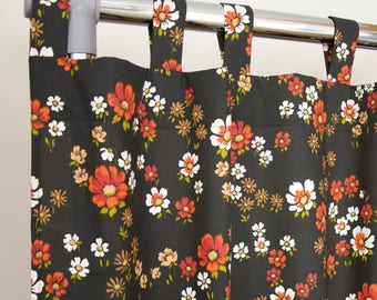 Seventies floral curtain