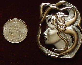 Vintage JJ Neoclassical Silver Tone Brooch!