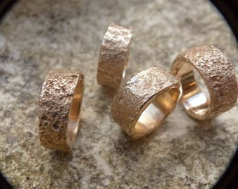 Rough bronze ring for men or women