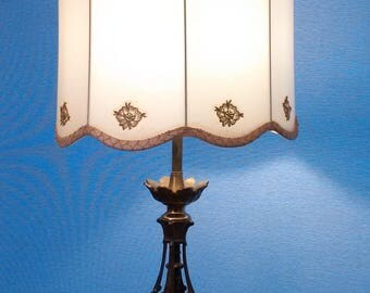 Gorgeous 1970s Lamp w Original Shade