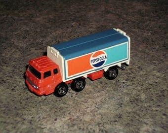 Vintage TOMICA FUSO Truck - Pepsi Cola - Japan