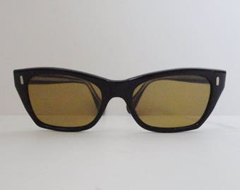 Cool 50s 60s Vintage Sunglasses // Black