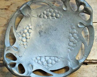 Vintage  art deco / art nouveau decorative plate / beginning of 20th century pewter plate