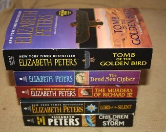 5 Elizabeth Peters books / Free shipping!