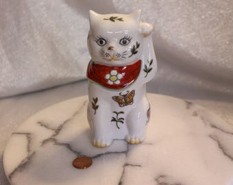 Maneki Neko Lucky Cat Porcelain Come Here Cat Toy Beckoning Butterflies Hand Painted Signed