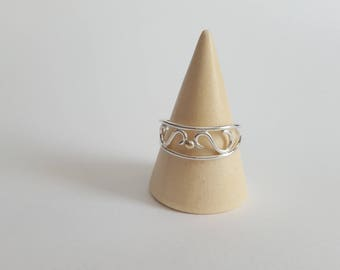 Serene Gold & Silver Ring