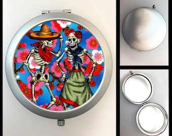 Compact Mirror Skeleton Couple #156