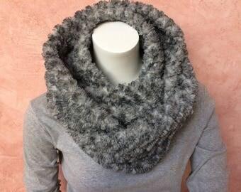 Loop scarf / wrap scarf / fur scarf / cuddle scarf N.44