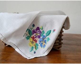Vintage napkin, cross-stitch / Салфетка винтажная, вышивка крестиком
