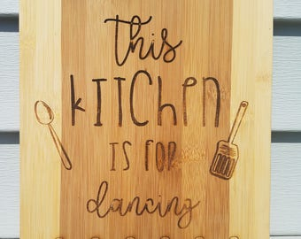 Custom cutting boards - State shaped, Wedding gift, custom phrases, Last Names