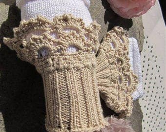 Romance lace fingerless gloves