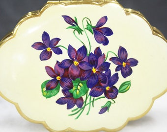 Powder Compact, Kigu Compact, Floral Pattern, Purple Flowers, Retro Accessory, Hand Mirror, Loose Powder Case, Scalloped - 1950's / 1960's
