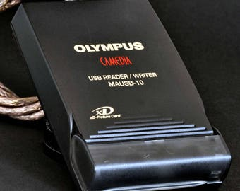 Olympus Camedia USB Reader / Writer MAUSB-10 XD Picture Card Reader NiCE !