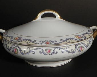 Noritake China Covered Vegetable Round Serving Bowl Elmwood Blue Scrolls Floral