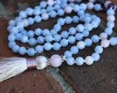The Peace Within Mala. Blue Lace Agate, Kunzite, Amethyst 108 Japa Mala beads, Kunzite guru bead, Peaceful energy mala, Kunzite guru bead