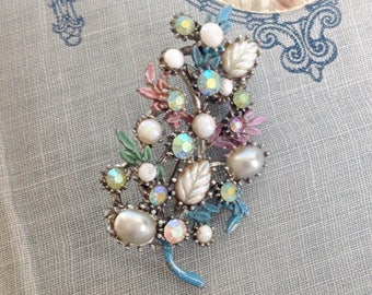 Beautiful Vintage Brooch Enamel with  Lucite Faux Pearl and AB Rhinestone Flowers 1950s