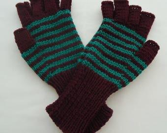 Ladies half finger/fingerless  Plum with Emerald Green  Stripe