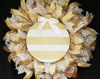 Gold Wreath, Christmas Wreath, Wreath for front door, Holiday mesh wreath, Whimsical Wreath, Gold, Cream