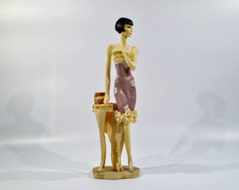 Art Deco Statue of a 1920's Woman/Woman Statue Resin/Art Deco woman statue/Art Deco Ladies Figurine Statue/ 1920s Lady statue