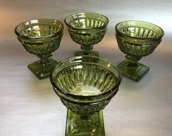 """Set of 4 Emerald Green Vintage Depression Glass Goblets 4"""" Dessert, Sundae"""
