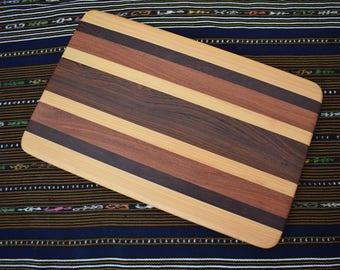 Tablero de madera grande del corte/plato
