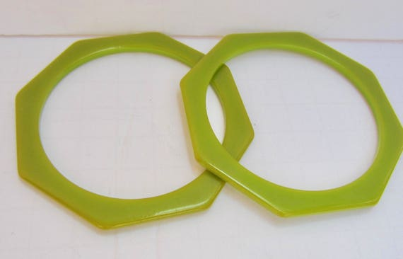 Set Oliver Green Bakelite tested OCTAGON bangle bracelets ~15 gms vintage costume jewelry