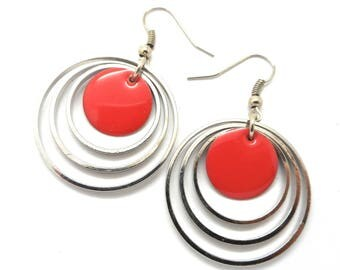 Round earrings, dark pink enameled Medallion
