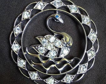 "Sarah Coventry Necklace 1972 ""Swan Lake"" Clear Rhinestones w Blue Eye Stone 31"" Chain Vintage"