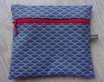 """Collection """"Japanese spring"""" Kit toiletry / multi-purpose / Japanese fabric / colors Navy Blue and red. Size medium"""