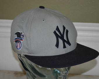 Retro Forty Seven Brand New York Yankees Snapback Baseball Cap Hat (One Size Fits All)