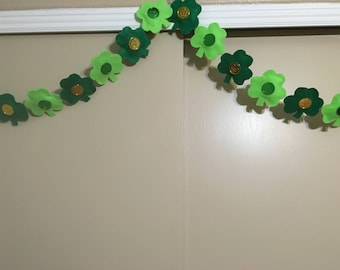 St. Patrick's Day Garland - Shamrocks with Lucky Shamrock Coin